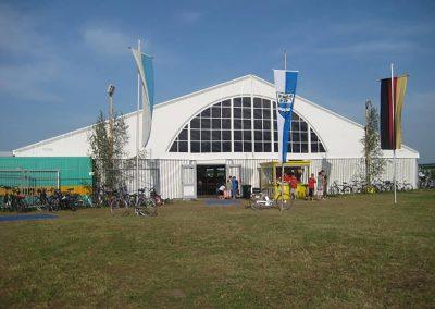 freitragende Zelthalle, 29 m breit mit Panoramagiebel
