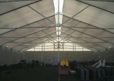 Lagerzelt, 21 m breit, 75 kg/m² Schneelast, mit Unterdach zur Vermeidung von Schwitzwasser