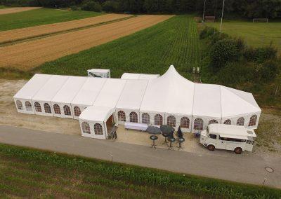 Zelt mit Domfeld, Apside und Eingangszelt